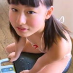 花沢あい「クラスメイト」極小ビキニ、ポチ、透け、ハプニング!過激^^